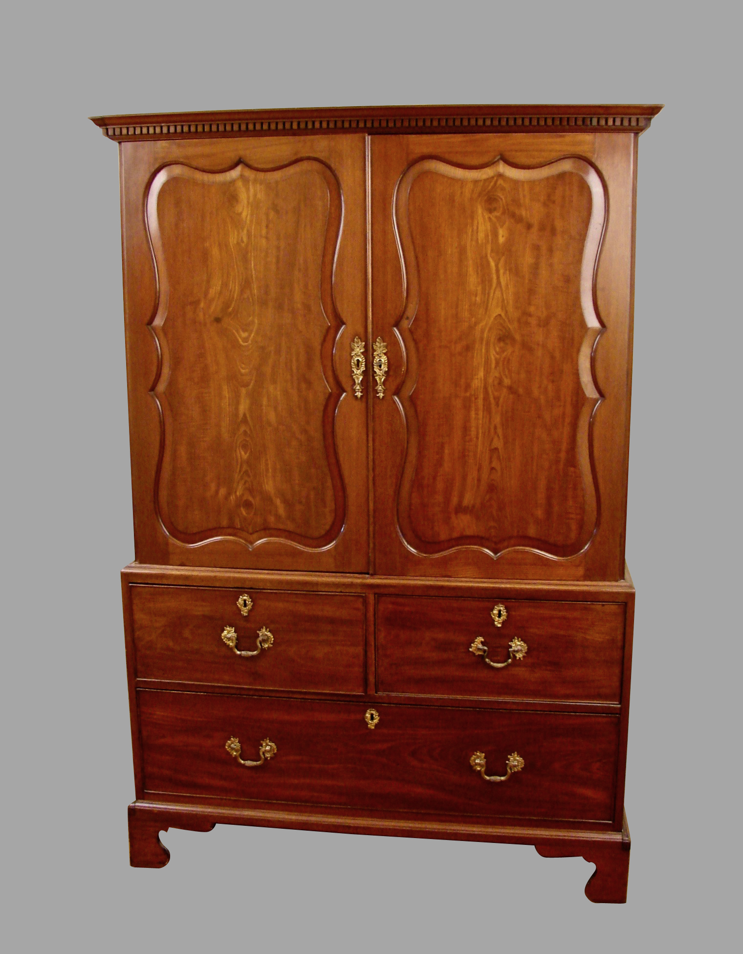 George II Mahogany Linen Press in the Manner of Giles Grendy | DANIEL STEIN Antiques San Francisco CA